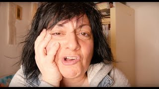 Video 65. Υπάρχει φιλία ανάμεσα σ' έναν άντρα και μία γυναίκα?Axaxaxaxaa! | Sofia Moutidou
