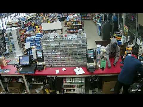 Officers seek knife-wielding robbers