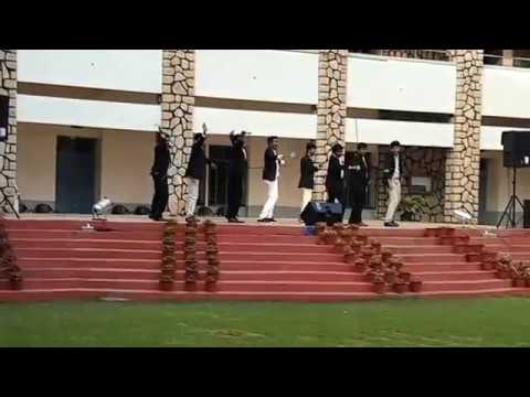 Oru vallam ponnum poovum | minnaram song | funny malayalam college dance | gafoor ka dost reloaded
