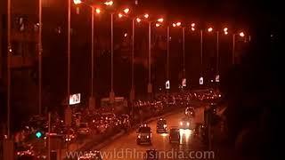 Late night traffic at Marine Drive, Mumbai