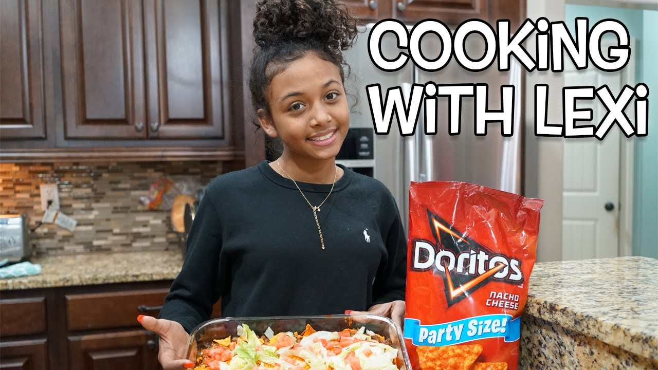 cooking-with-lexi-doritos-casserole-vlogmas-day-7-lexivee03