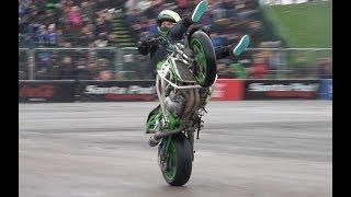 STUNT BIKE - LEE BOWERS - Freestyle Motorcycle Stunt Rider