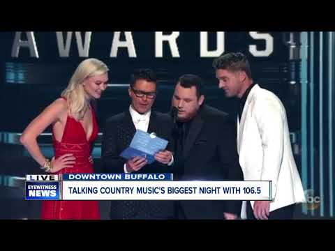 Clay, Dale & Liz chat Taylor Swift's CMA no-show