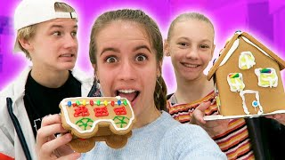 DECORATING GINGERBREAD HOUSES (total failure)