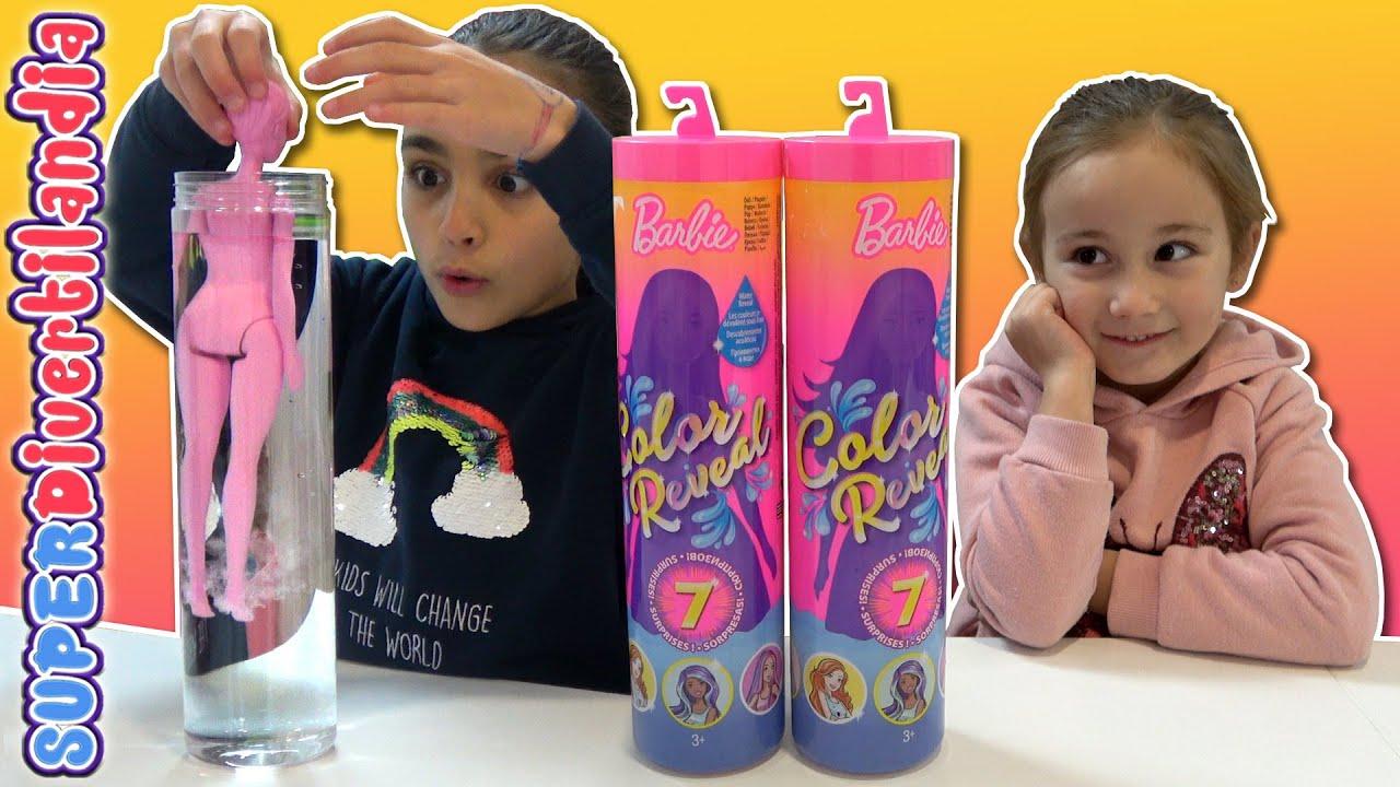 MUÑECAS CUBIERTAS de PINTURA!! Barbie Color Reveal en