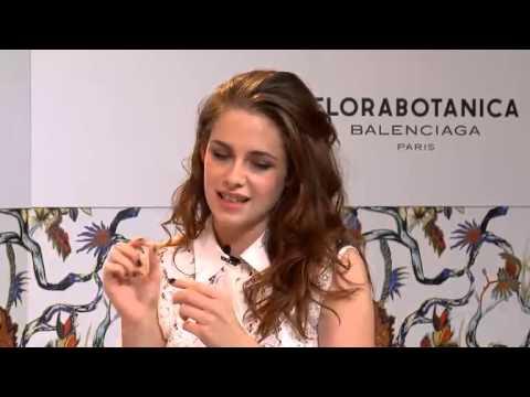 Kristen Stewart - Florabotanica live chat