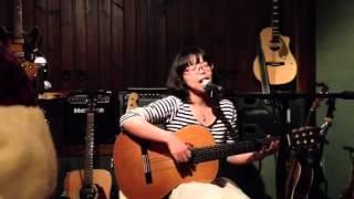 2012年11/11池下BARストレガにて土砂鰤ROCK SHOW LIVE。 ミーコ②「私を...