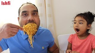 Ishfi is having Yummy Noodles with Daddy