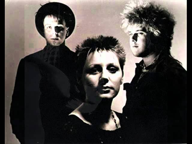 cocteau-twins-seekers-who-are-lovers-live-the-bbc-96-gavin-mulhall