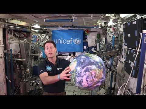 Thomas Pesquet soutient les enfants aux côtés de l'UNICEF