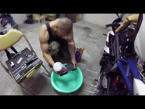 DNA Air filter cleaning - Triumph Daytona 675