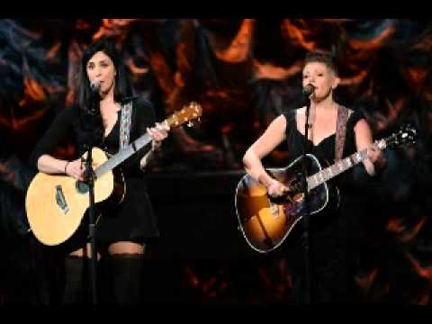 SARAH SILVERMAN & NATALIE MAINES   STOP THE CLOCK