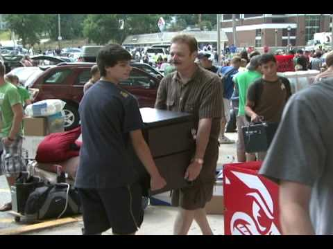 Illinois State University Residence Hall Move In