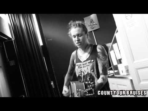 CYB-Session: Laura Jane Grace (Against Me!) -