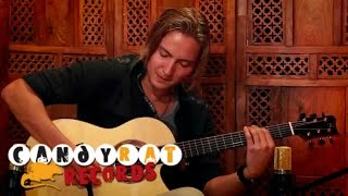 Repeat youtube video Calum Graham - Indivisible (Solo Acoustic Guitar)