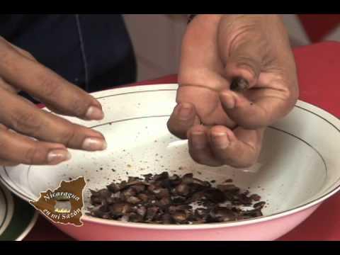 Nicaragua en mi sazon con Maria Esther Lopez - El Pinol y el Pinolillo