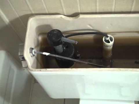 Eljer Emblem Toilet Seat. 706  1982 Eljer Emblem Toilet Bowl With 1980 s Early 1990 Tank