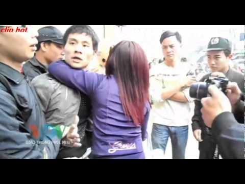 clip hot - Vợ chồng trẻ chống người thi hành công vụ 2015