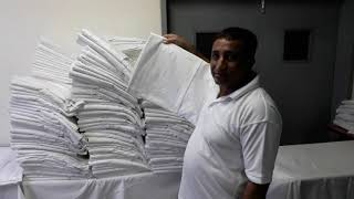 GULZAR WARIS FIRST INTERVIEW WITH LAUNDRY MAN