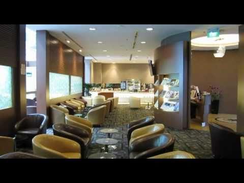 SATS Premier Lounge - Singapore Changi Airport T3 - YouTube