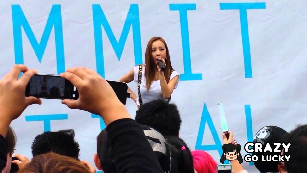 Tomomi Itano [板野友美] - Girls Do At J-Pop Summit Festival ...