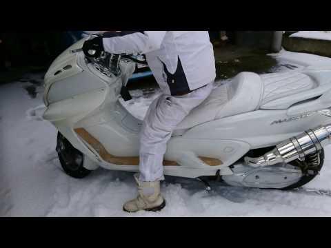 オラつき爆音バイク乗り 事故る 雪でスリップ 【マジェスティび】