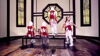 2NE1 - Clap Your Hands [MV]