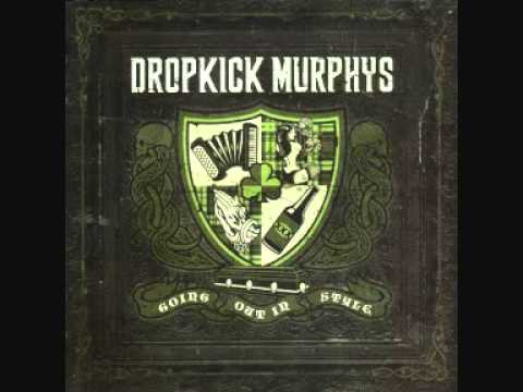 Dropkick Murphys - Deeds Not Words + Songtext