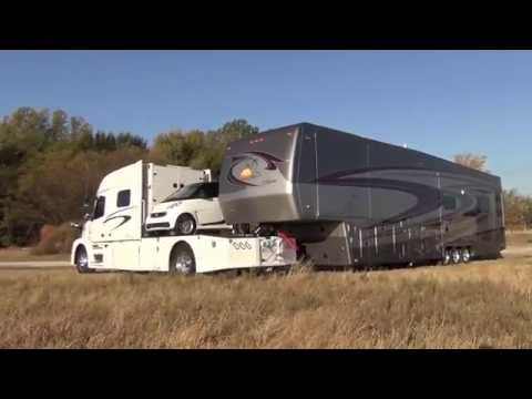 RV Hauler Jackknifes with Smart car and 45 Foot 5th wheel