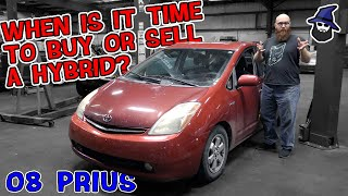 When is it time to Buy or Sell a Hybrid? The CAR WIZARD inspects daughters 2008 Toyota Prius