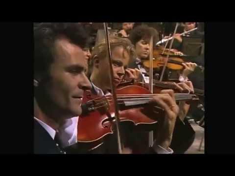 1812 Overture   Tchaikovsky   Berliner Philharmonic