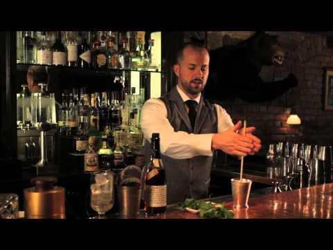 How to Make a Mint Julep - Speakeasy Cocktails