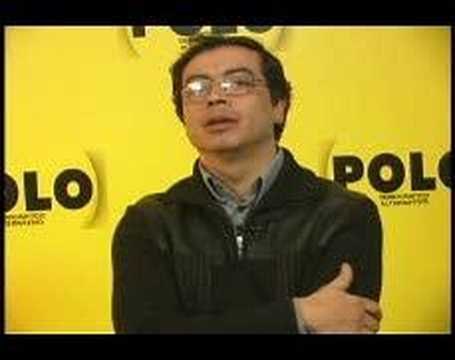 Petro responde a Uribe sobre debate de parapolítica