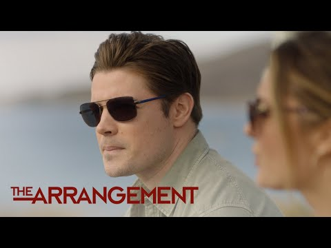 Kyle Opens Up to Megan on Why He's Worried to Direct | The Arrangement | E!