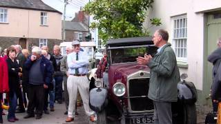 blue plaque for george lanchester in chulmleigh avi