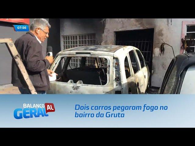 Dois carros pegaram fogo no bairro da Gruta - 13/08/2019