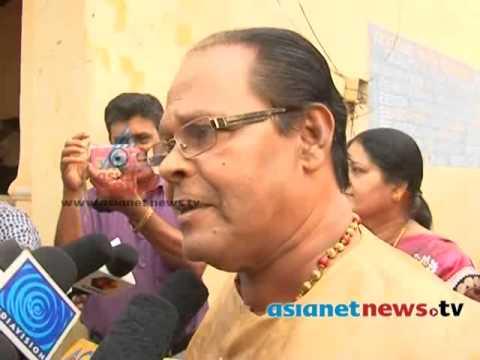 Kerala Election 2014: Innocent on polling boothകേരളം പോളിങ്ങ് ബൂത്തിലേയ്ക്ക്