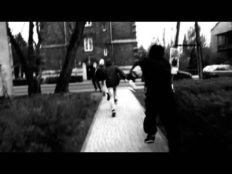 Rum WzM/Chamski Bruk-Odwilż (OFFICIAL VIDEO) Prod:CZAHA&DJ VERSUZ BLADE