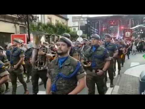 Desfile de la Banda Militar de la Brilat en A Estrada