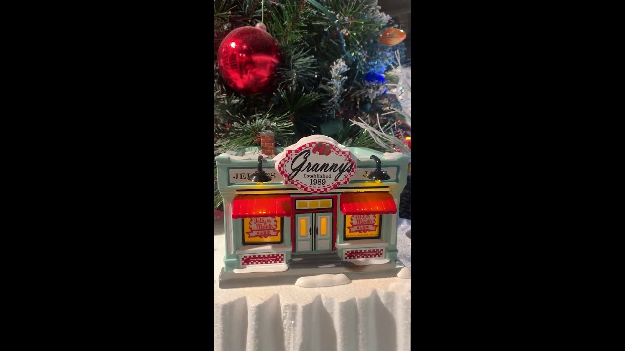 Department 56 National Lampoon's Christmas Vacation Merry Christmas Jelly Of The Month Set - YouTube