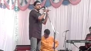 Amar Oak Addressing the Audience...