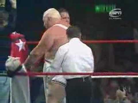 British wrestling Big Daddy vs Giant Haystacks. 18th June, 1981, Wembley Arena.