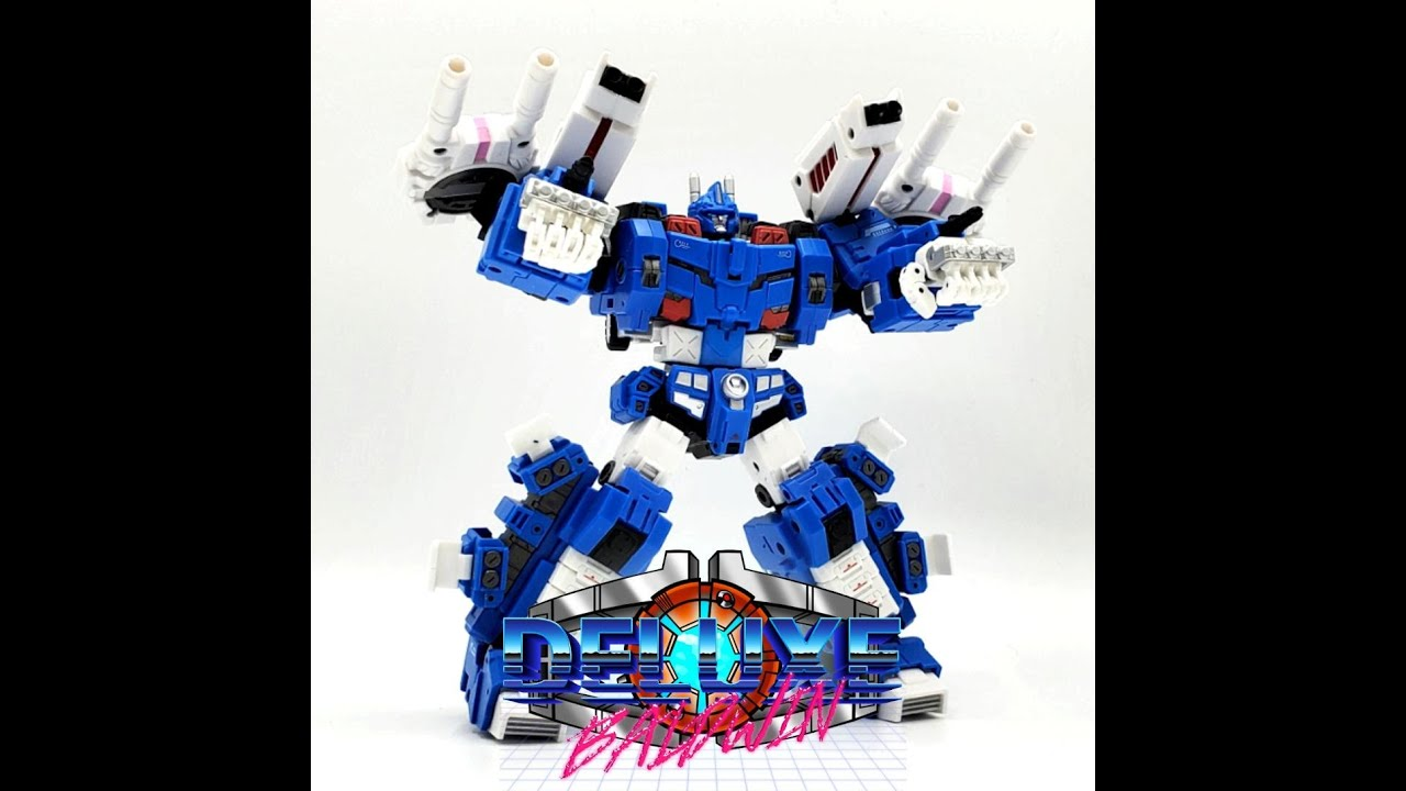 Iron Factory City Commander Final Battle Armor (IDW Ultra Magnus) by Deluxe Baldwin