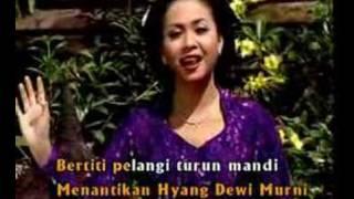 Keroncong Dewi Murni - Sundari Soekotjo