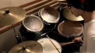 感覚ピエロ大好きなので、感覚ピエロの曲をドラムカバーしていきたいと...