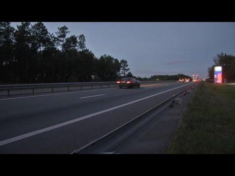 """Un """"go-fast"""" intercepté par le GIGN sur l'A9de YouTube · Durée:  1 minutes 31 secondes"""