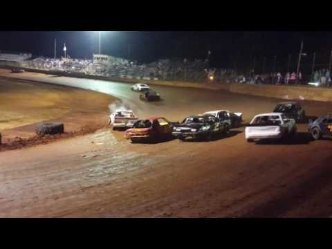 Moulton Speedway 8/27/16 Mini Stock Feature Wreck