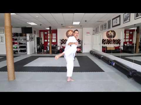 Karate KCRD - Mawashi-geri (coup de pied circulaire)