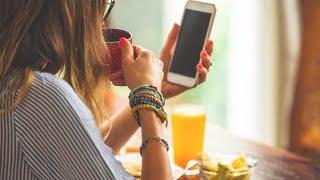Teens glued to screens missing sleep, meals, homework