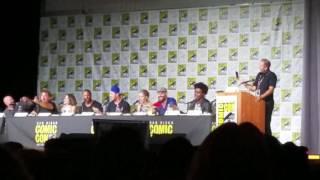 The Arrow cast sings Hamilton